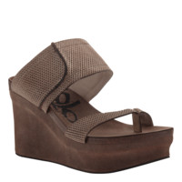 BROOKFIELD in GOLD MESH Wedge Sandals
