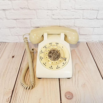 Vintage White Cream Rotary Phone