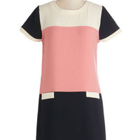 Kling Colorblocking Mid-length Short Sleeves Shift Throwback Theory Dress