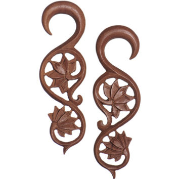 4 Gauge Organic Wood Climbing Lotus Flower Hand Carved Hanger Set | Body Candy Body Jewelry