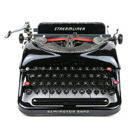 1942 Remington Rand Streamliner Typewriter / Professionally Serviced / Working Typewriter / Remington Typewriter / Gifts for Writers