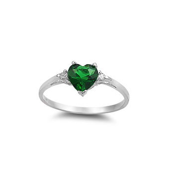 925 Sterling Silver CZ Heart Simulated Emerald Ring 7MM