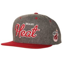 Mitchell & Ness NBA Melton Wool Script Snapback - Men's at CCS