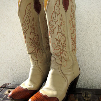 Vintage Justin Cowgirl Boots / Tall Ladies / by JoulesVintage