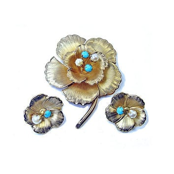Flower Set Signed Star -Vintage Gold Tone Demi with Original Tag - Cultured Pearl & Turquoise Brooch with Clip on Earrings