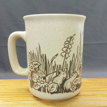 Woodland Animal Mug, Embossed Stoneware Coffee Mug, Forest Foliage Critters Coffee Cup, Gifts for Nature Lovers, Vintage Stoneware Mug