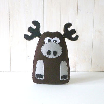 40% OFF: Stuffed Moose PATTERN // Sew by Hand Plush Felt Stuffed Animal PDF // Easy to Make