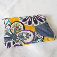 Flower pouch - Small zippered Cosmetic bag - Handmade clutch wallet