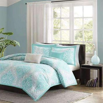Full - Queen Teal Turquoise Aqua Blue and White Damask Comforter Set