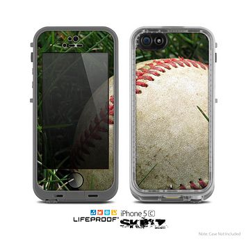 The Grunge Worn Baseball Skin for the Apple iPhone 5c LifeProof Case