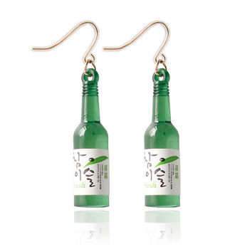 F&U Popular Products New Fashion Unique Design Korea Sake Glass Bottle Shaped Earrings for Girls