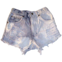 Smokey bleached cut off shorts by azuppas