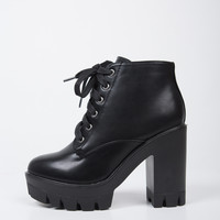 Chunky Lace-Up Boots - 10