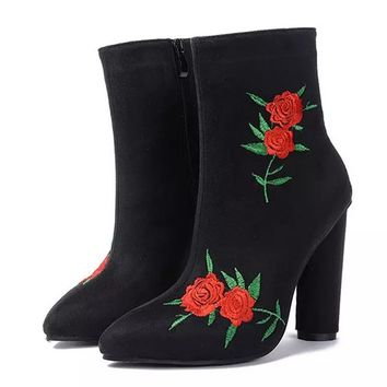 Flower Boots Autumn Winter Boots Fashion Lady High Heel Long Boots Embroidered Women