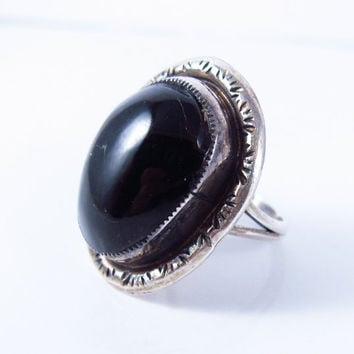 Vintage Black Onyx Ring, Native American Ring, Sterling Silver Navajo Ring, Vintage Black Onyx Ring Size 5.75, Gift for her