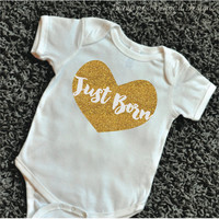 083 Just Born Baby Bodysuit Heart Baby Girl Clothes Glitter Gold Shirt Baby Clothing Newborn Shirt Photo Prop Baby Girl Onepiece 083