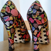 90's Betsey Johnson vintage candy shop fabric  peep toe pumps with 4 inch heels : size 9 US/ 39/40 Eur