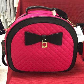Betsey Johnson Pinky Cutie Travel Bag