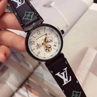 LV Louis Vuitton Woman Men Fashion Quartz Movement Wristwatch Watch