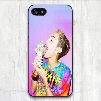 cover case fits iPhone models, unique mobile accessories, Miley C. ice cream