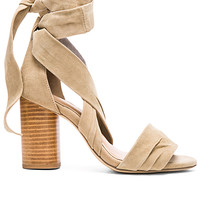 Mia Heel in Tan