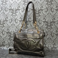 Rise-on Vintage CHANEL Lamb Skin Leather Black Chain Shoulder Bag #1626 t