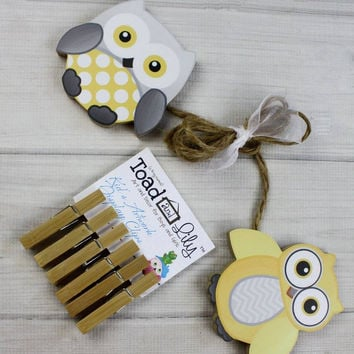 Yellow and Gray Owls Wooden Gender Neutral Wall Art DISPLAY CLIPS for Kids Bedroom Baby Nursery Playroom AC0007