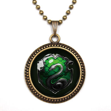 Handmade harry potter salazar slytherin snake pendant necklace,house of hogwarts school of witchcraft and wizardry vintage pendant