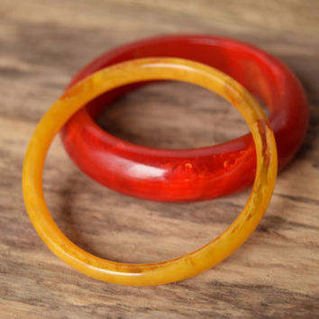 Translucent Yellow Bakelite bangle - Partial Prystal Bakelite - Yellow Bakelite - Thin Bakelite Bracelet - Marbled Bakelite - Early Plastic