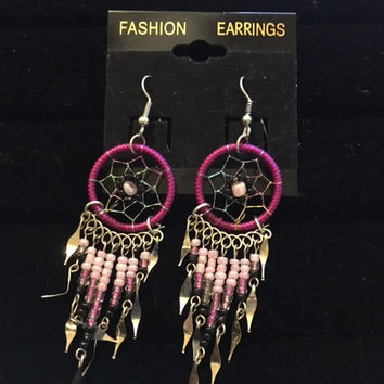 Dreamcatcher Beaded Earrings (Pink)