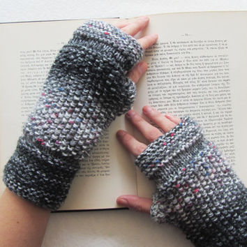 Knit Fingerless Gloves in Grey,Handmade gloves,Warm Gloves,Winter Gloves,Knit Women Accessories,Gifts for Her,Men's Gifts,Unisex Accessories