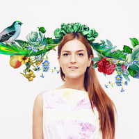 MAIJA - green floral crown