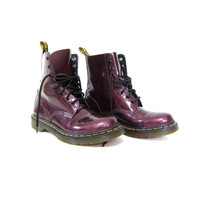 vintage purple Dr. Martens. Patent leather chunky Air Wair Doc Martens. Lace up ankle boots. Women's UK 6
