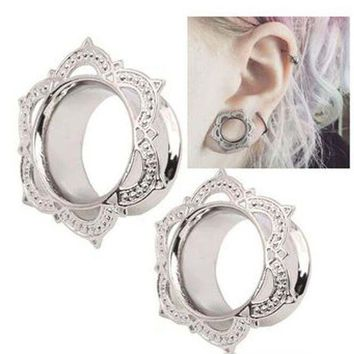 ac PEAPO2Q 1 Piece New Women Men Flower Flared Flesh Tunnel Ear Plugs Copper Ear Expander Gauge Body Piercing Jewelry Orelha Cartilagem