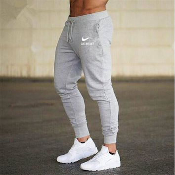 2018 NEW GYMS Mens Joggers Pants Fitness Casual cargo pants men Fashion Brand Joggers Sweatpants Bottom Pants Men Casual Pants