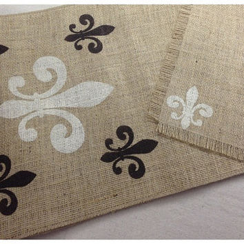 Burlap Table Runner & (6) placemats set with Fleur de Lis pattern