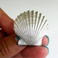 "Vintage Trifari Scallop Sea Shell Silver Tone Metal Pin 1960s 1-1/4""T 3D"