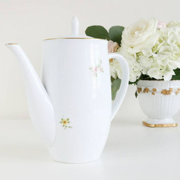Vintage Okura Japan White Porcelain Teapot With Flowers / Cottage Style Teapot / Tea Party / Bridal Holiday Gifts For Her