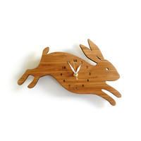Rabbit wall clock with numbers