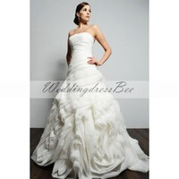Chic ball gown sleeveless organza wedding dress