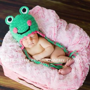 Libby Frog Hat by The Daisy Baby