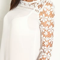 LACE CROCHET SLEEVE TOP