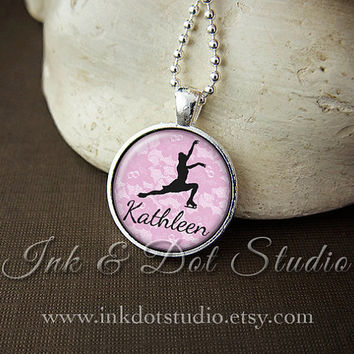 Personalized Figure Skating Necklace, Ice Skater Silhouette Pendant, Ice Skating Necklace, Personalized ice Skater Gift, Choose Your Color!