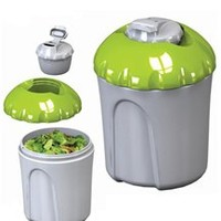 EZ Deluxe Salad Kit on the go college campus supplies product for the active student to stay and eat healthy while living in dorms