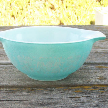 Best Vintage Pyrex Mixing Bowls Products on Wanelo