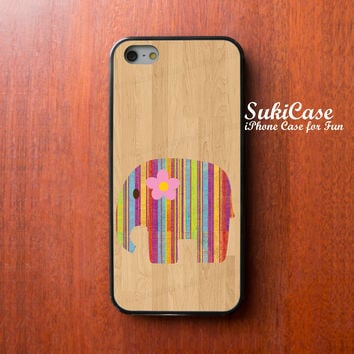 iPhone 6 Case rainbow elephant on wood