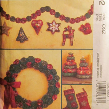 SALE Uncut McCall's Sewing Pattern, 6002! Arts & Crafts/Holiday Home Decor/Stockings/Christmas Decorations/Wreaths/Tree/Garland/Ornaments/He