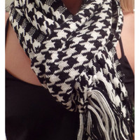 Holy Houndstooth Scarf - Black