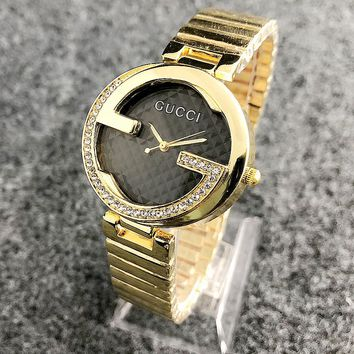 GUCCI New fashion diamond round couple watch