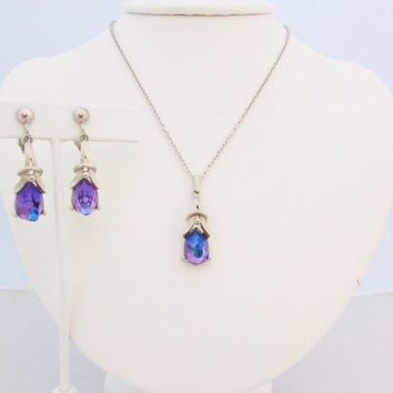 Sarah Coventry Heliotrope Necklace Earring Set Purple Blue Color Change 3D Jewelry 1970's Vintage Jewelry